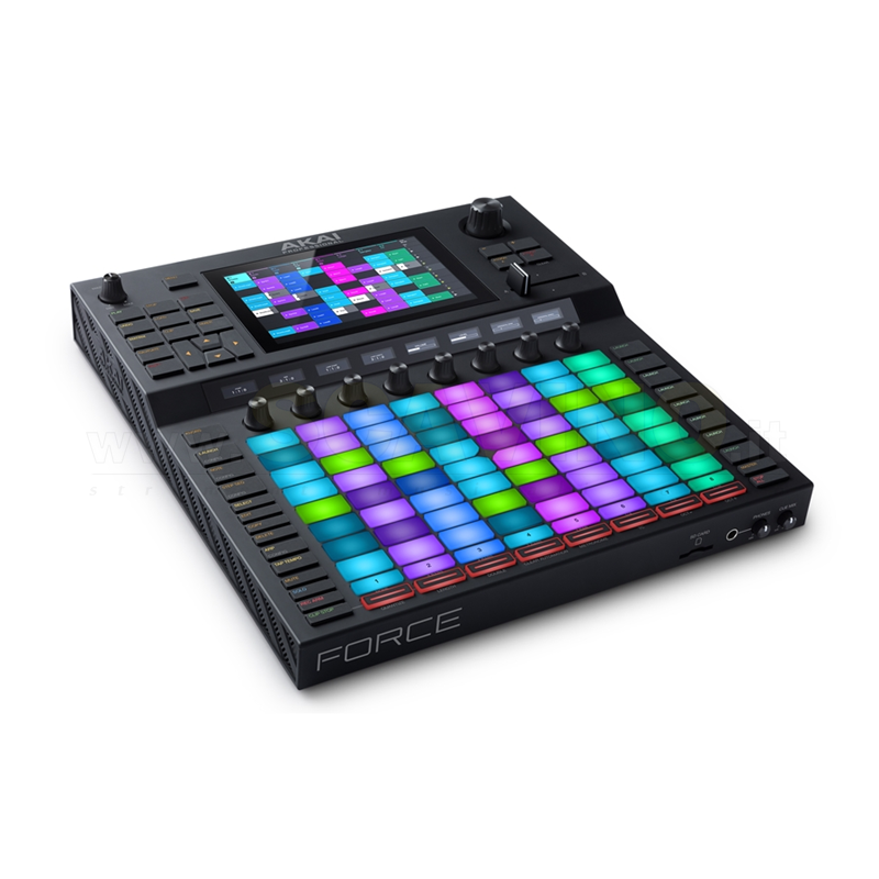 Akai Force Sampler/Sequencer con pad 8x8