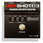 Radial Hot Shot ABi Switcher a pedale con 2 IN e 1 OUT XLR